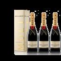 Lot 3 Champagnes Moët & Chandon Brut Moët Imperial 75cl avec étuis.
