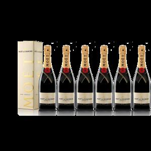 Lot 6 Champagnes Moët & Chandon Brut Moët Imperial 75cl avec étuis.